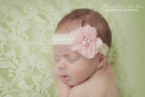 Delicate headband with flower in light pink with pearls and stones